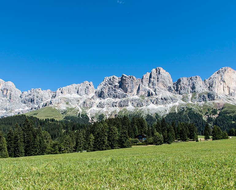 pietralba dolomiti unisco montagna